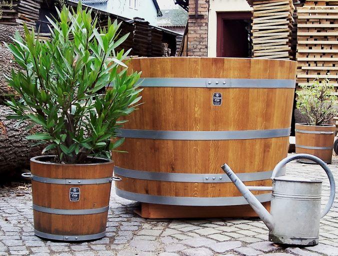 Holzpflanzkübel sind Wellness für Ihre Pflanzen.